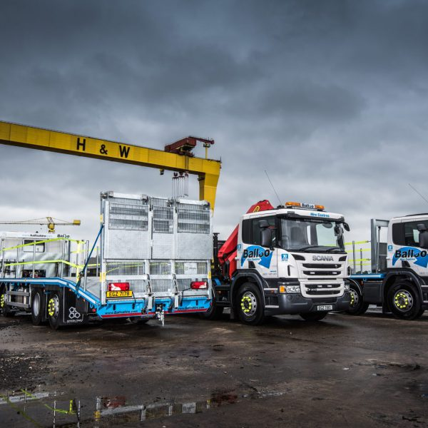 Sterling Balloo Hire double-flip beavertail truck